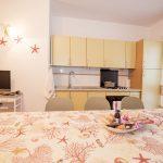 appartamento per vacanze estive n. 616 - cucina e salotto